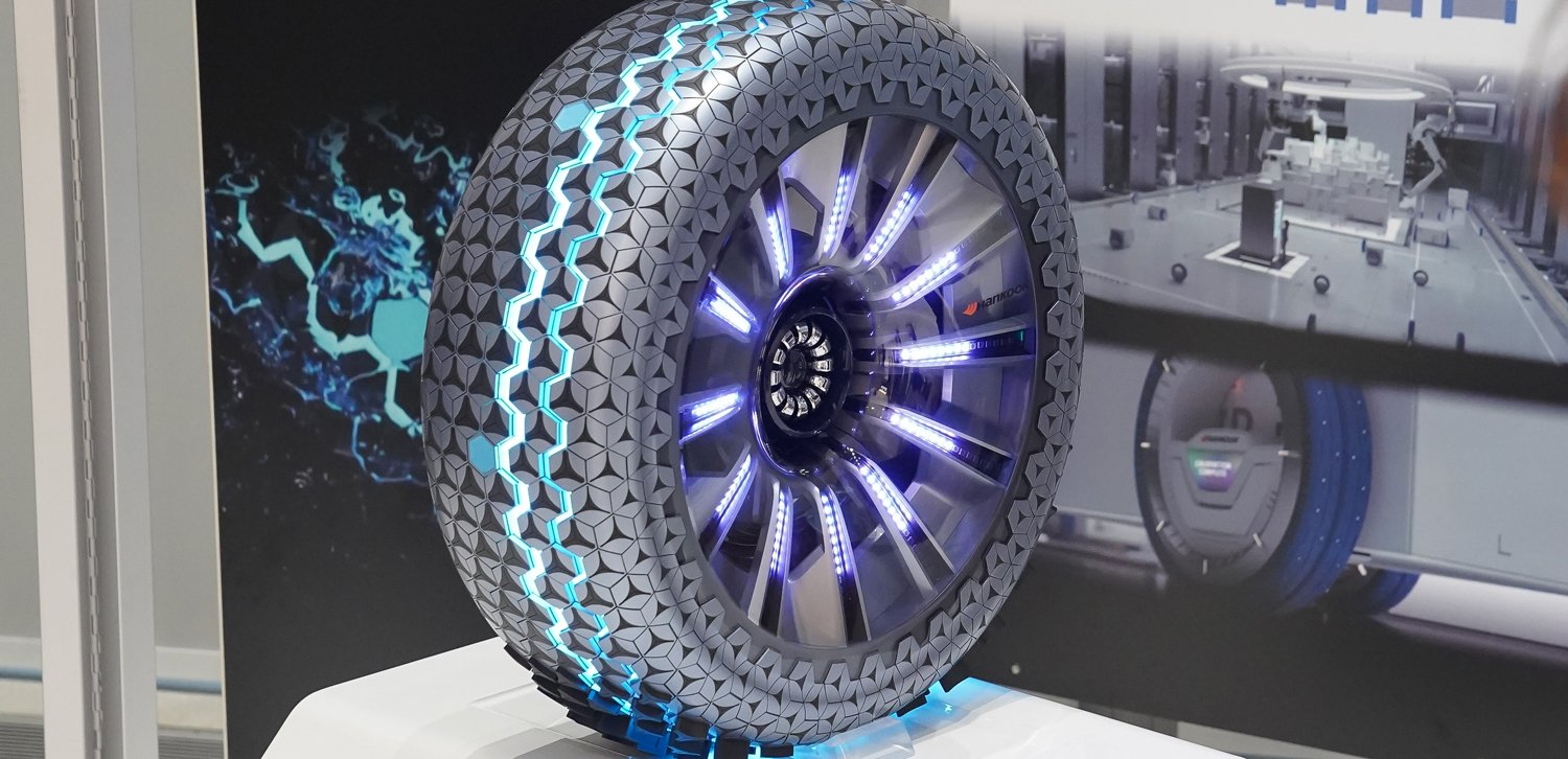 Hankook's Futuristic Hexonic Smart Tire