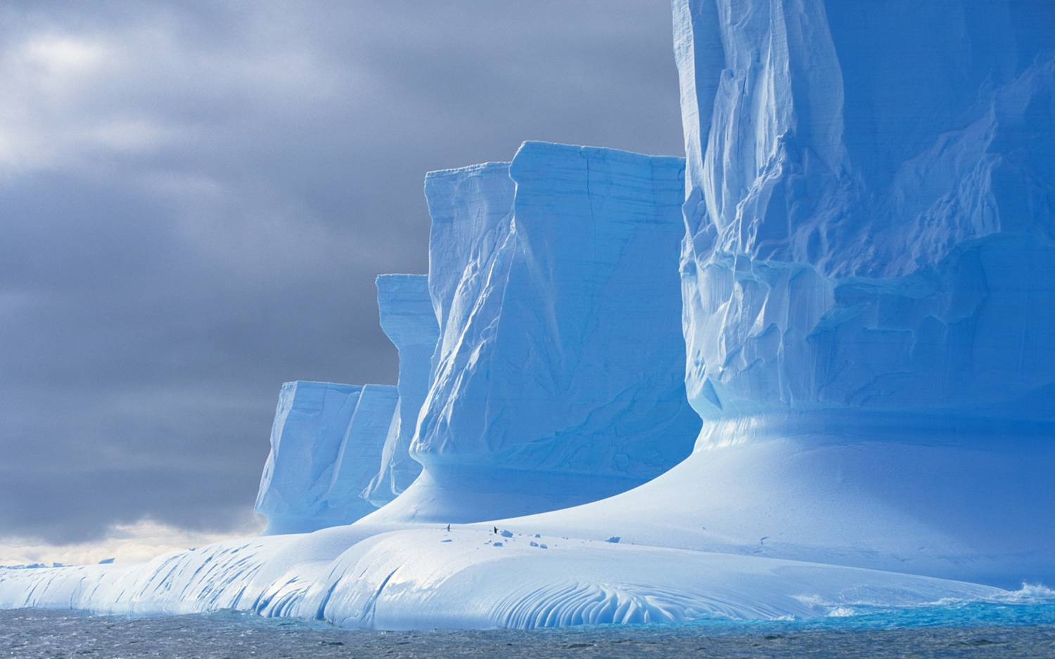 Antarctic Ice Wall Pleneau Bay